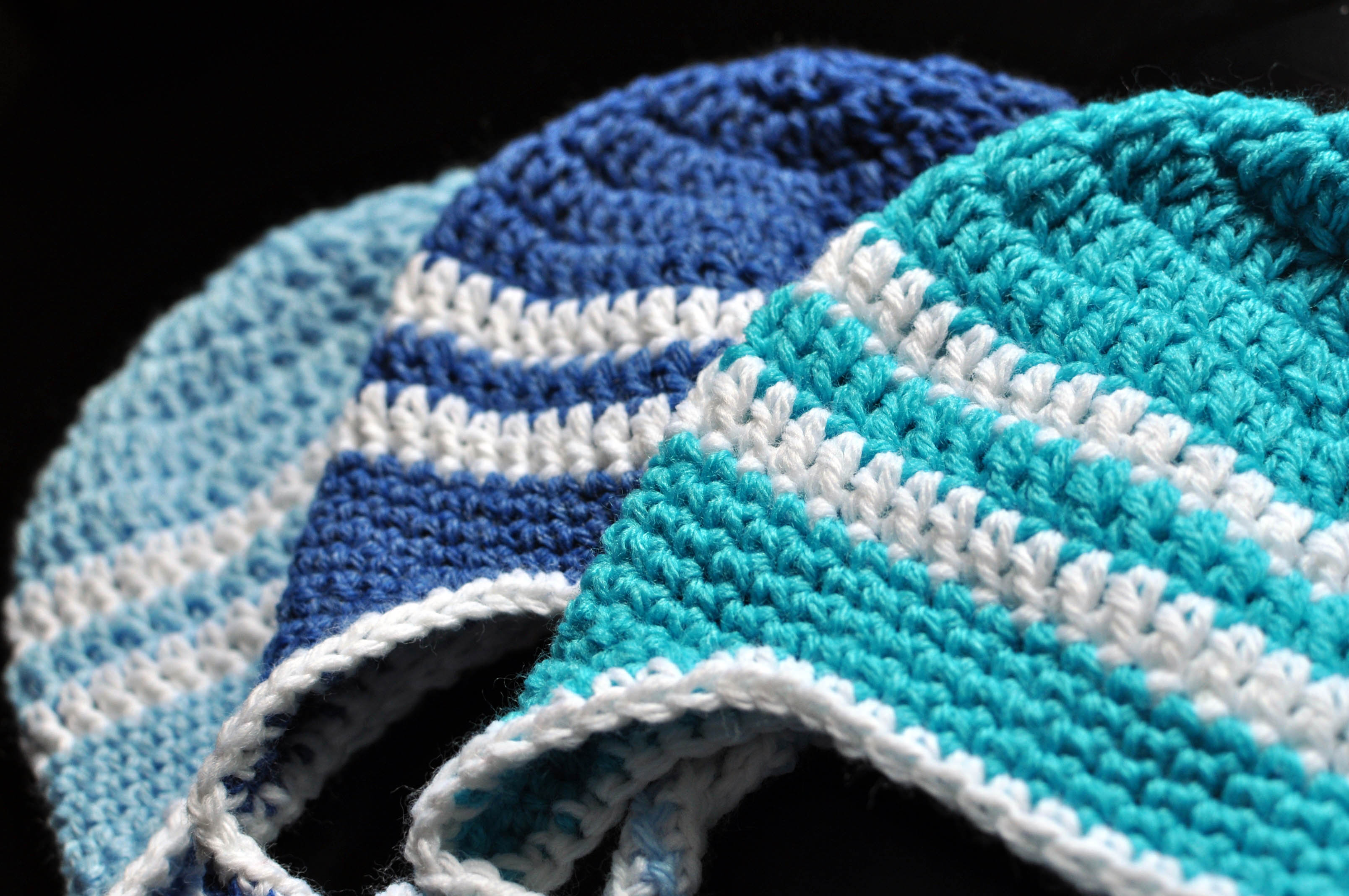 Free Download Of Crochet Patterns : Free Crochet Pattern: Striped Earflap Hat Classy Crochet