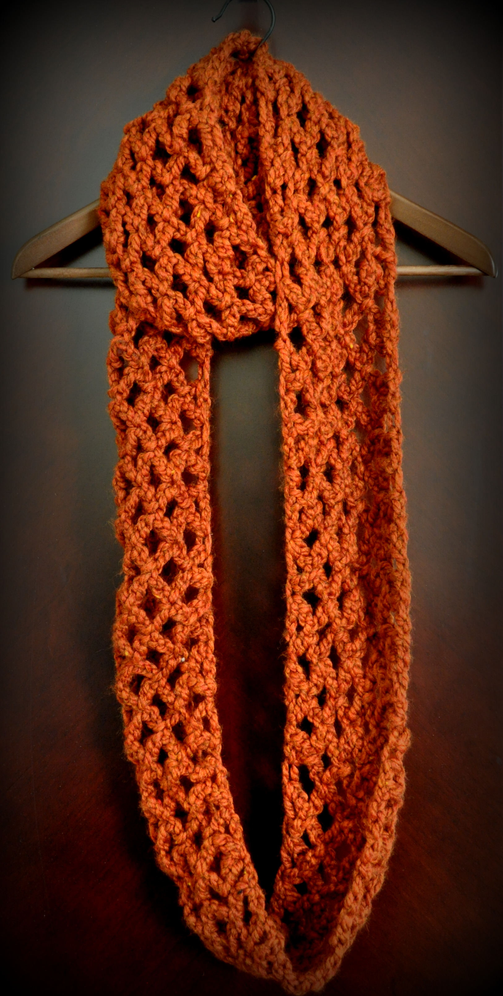 Crochet Scarf Pattern Easy Quick : Free Pattern: Diamond Lattice Chain Crochet Infinity Scarf ...