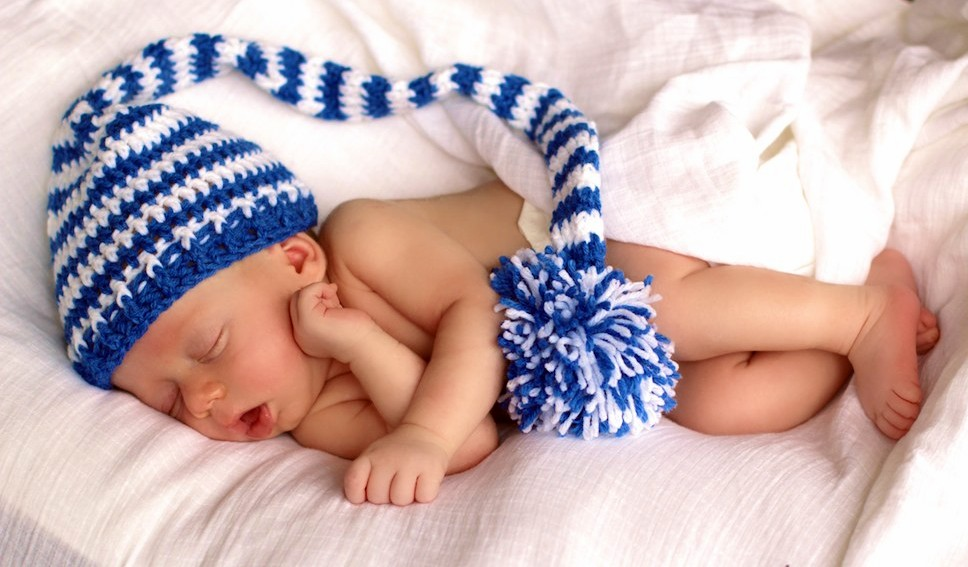 Crochet Pattern Baby Pixie Hat : Free Pattern: Crochet Elf Striped Pixie Hat Knot Just ...