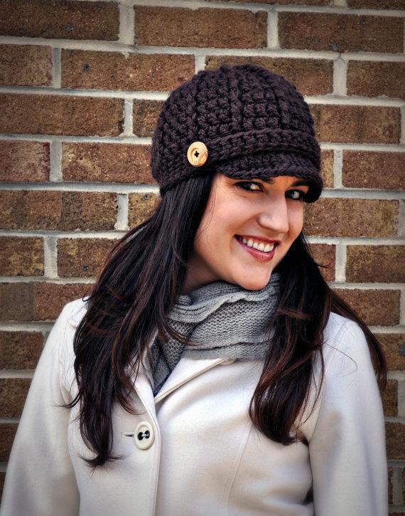 Free Crochet Pattern For A Newsboy Hat : Crochet Brimmed Newsboy Cap Pattern Classy Crochet