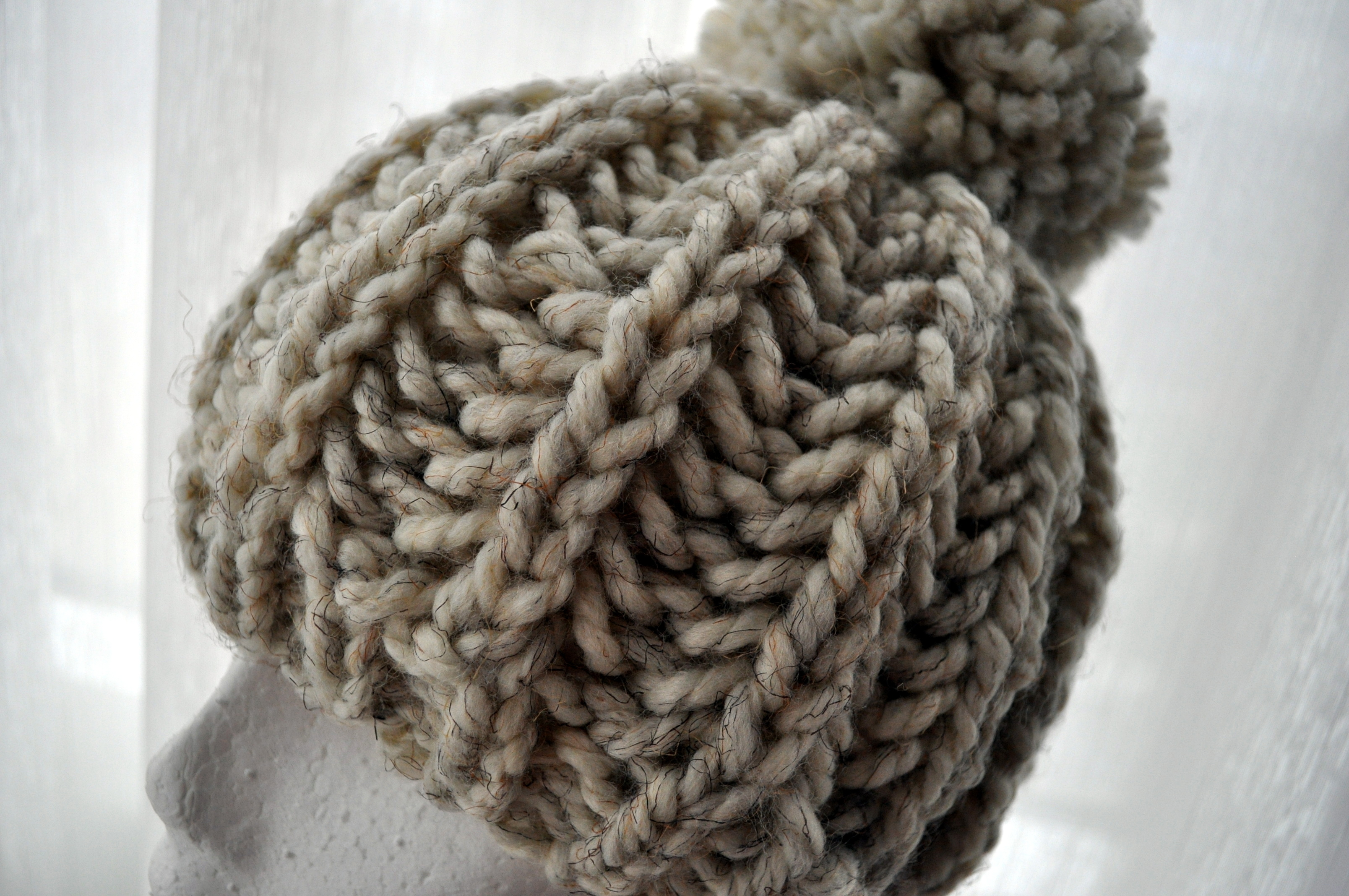 Knitting Brioche Stitch Hat : Free Pattern: Knit Fisherman Ribbed Hipster Hat Classy Crochet