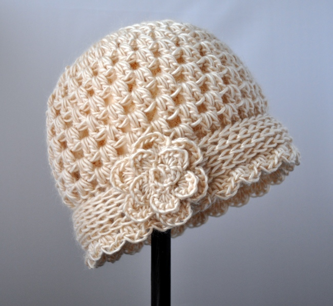 Crochet Vintage Flowered Cloche Pattern