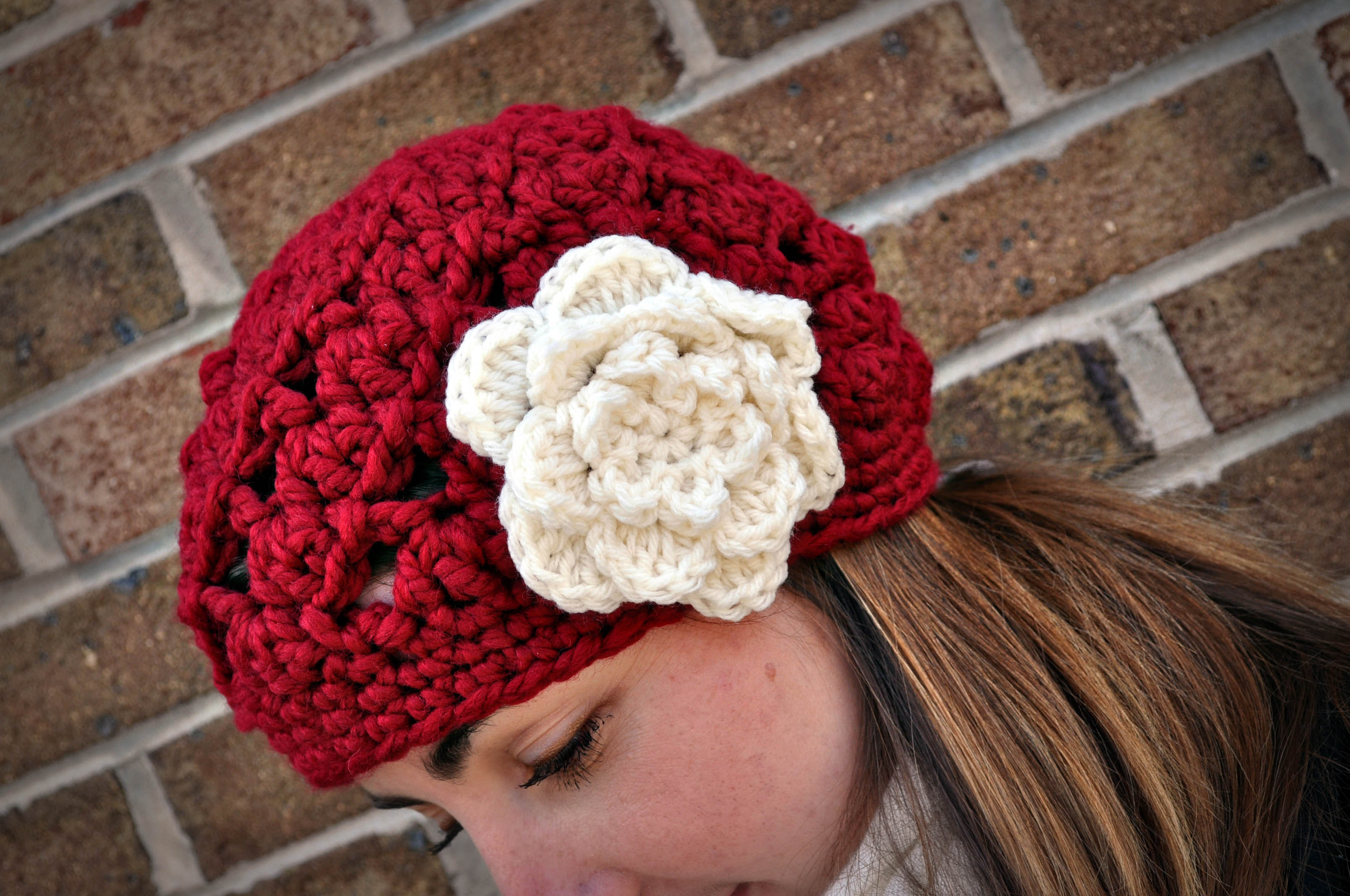 Crochet Stitches For Thick Yarn : Crochet Chunky Swirl Beret Classy Crochet